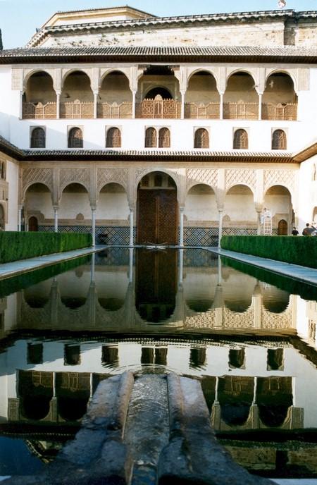 Patio de los arrayanes i Alhambra