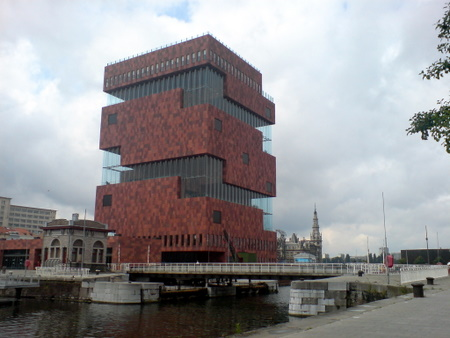 Museum aan de Stroom - Antwerpens nyeste museum i bydelen Eilandje