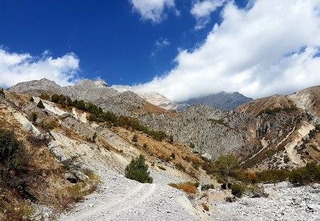 På vei opp i fjellene