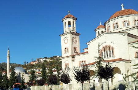 Kirke og moske i Berat