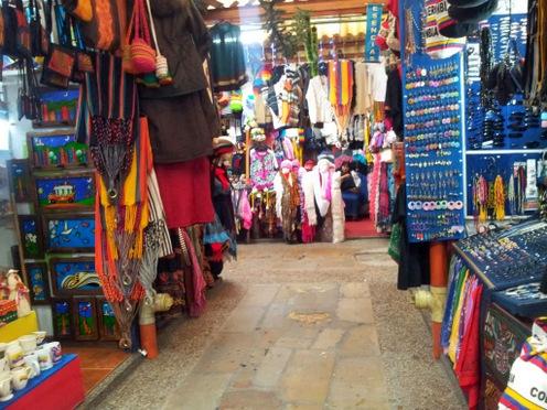 Innendørs marked i Bogota