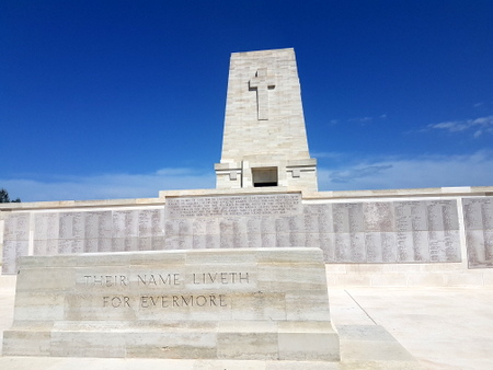 Monument over Anzac