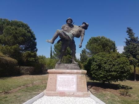 Skulptur av soldater