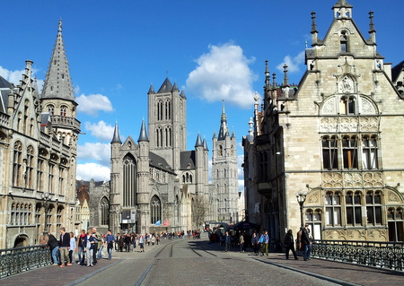 St. Bavo katedralen i Gent