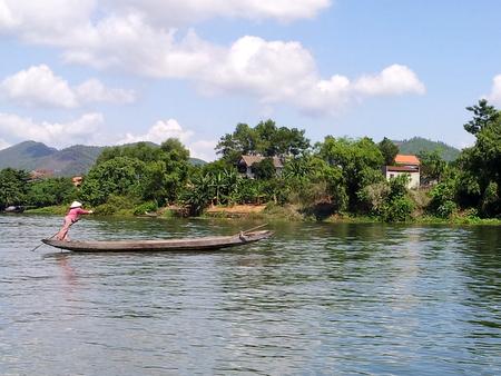 Lokal dame i båt