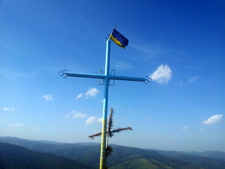 Kors på toppen av Makovitsja