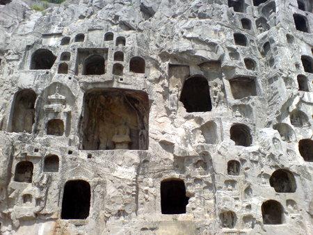 Små og store grotter