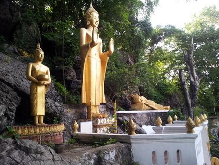 Buddhastatuer i Luang Prabang