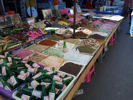 Mye til salgs på lokale markeder