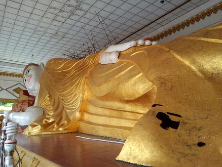 Liggende Buddha i Bago