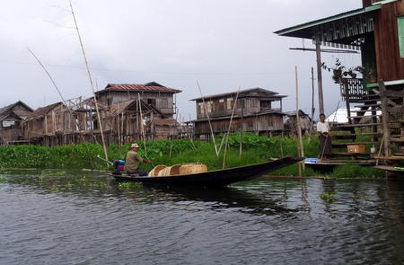 Landsby ved Inle