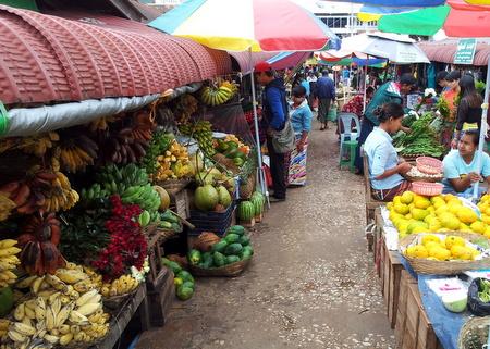 Marked i Myanmar