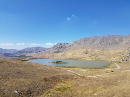 Innsjøen Batabat