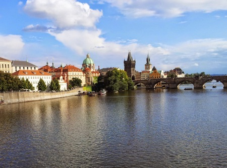 Karlsbroen i Praha