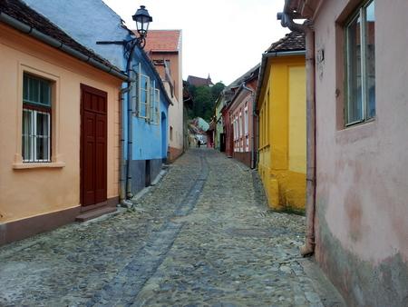 Fargerike hus i gamlebyen