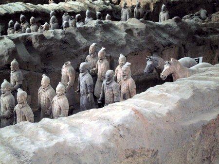 Alle terrakottafigurene er forskjellige med sine egne karakteristiske kjennetegn.