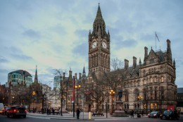 Manchester_Town_hall_flickr_Dave_Wood-001