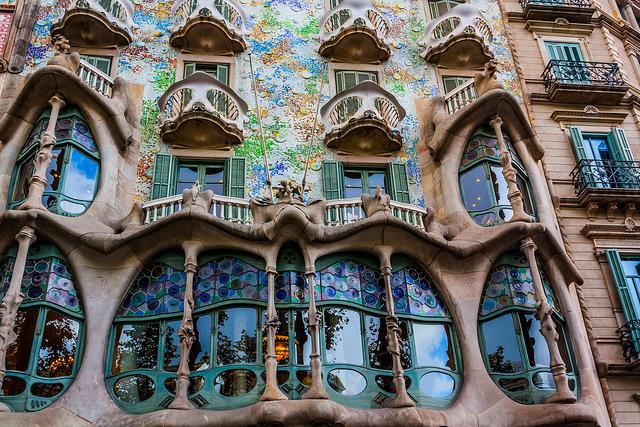 Barcelona en av de meste popul re ept byene bes k den - Art nouveau architecture de barcelone revisitee ...